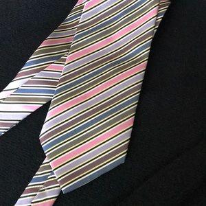 Men's tie with stripes